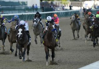 Authentic wins Kentucky Derby